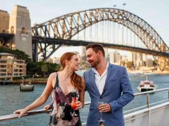 Sydney: Dinner-Bootsfahrt im Hafen mit 3- oder 6-Gänge-Menü