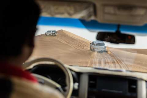 Abu Zabi: pustynne safari z grillem, przejażdżką na wielbłądzie i sandboardingiem