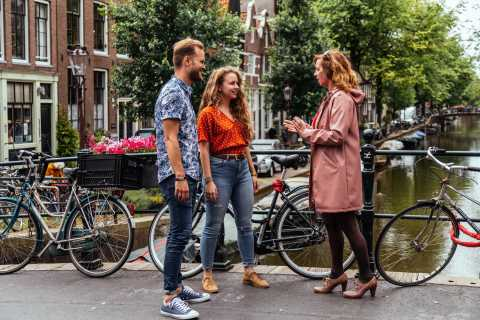 Amsterdam: 1.5-Hour Private Kick-Start Tour with a Local