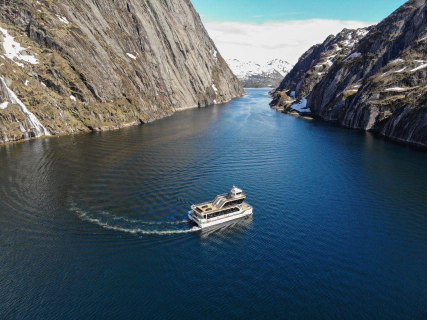 Lofoten: Bootstour im Elektroschiff