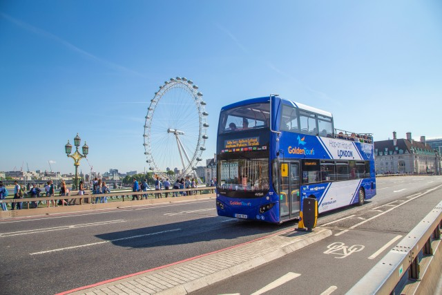 London: Open-Top Bus Tour with Live Guide