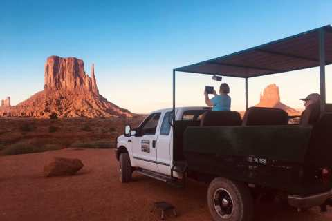 Monument Valley und Mystery Valley Ganztagestour
