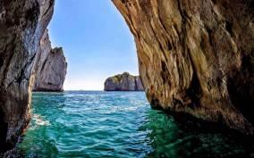 Positano: Amalfi Coast Grotto Tour