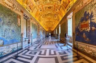 Rom: Vatikan bei Nacht