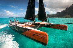 Bora Bora: vela de catamarã de meio dia e mergulho com snorkel