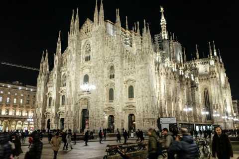 Milan: Discover Milan at Night Small-Group Walking Tour