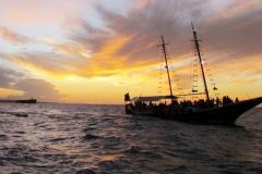 Fortaleza: passeio de barco ao pôr do sol
