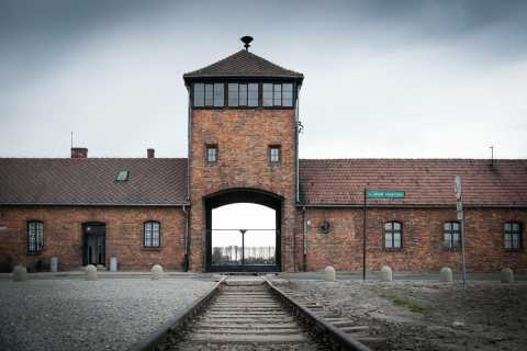 Krakow: Auschwitz-Birkenau and Salt Mine Full–Day Tour