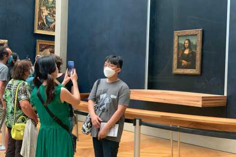 Louvre Museum and Mona Lisa: Skip-the-Ticket-Line and Guide