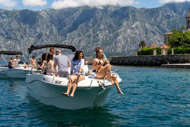 Kotor: privéboottocht naar de Blauwe Grot