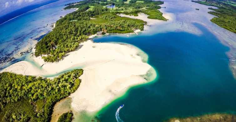 Från Trou d'Eau Douce: Heldagstur med båt till Île aux Cerfs