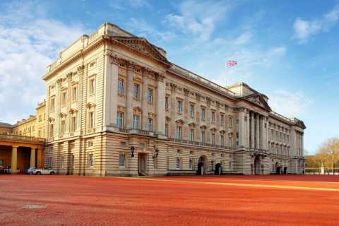 Windsor Castle and Buckingham Palace Full-Day Tour