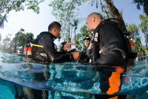 Koh Mak: 3-Day PADI Open Water SCUBA Diving Course