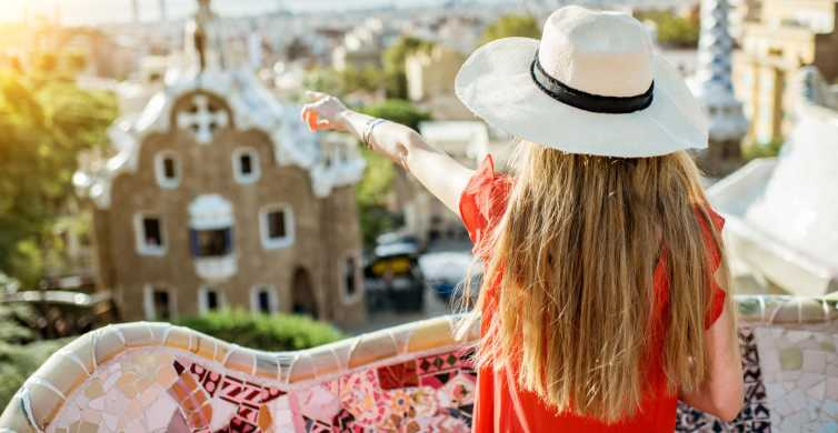 Barcelona: Sagrada Familia Private Tour & Park Guell Tickets