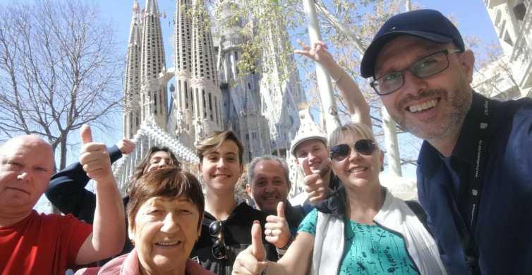 Barcelona & Sagrada Familia Half-Day Tour with Hotel Pickup