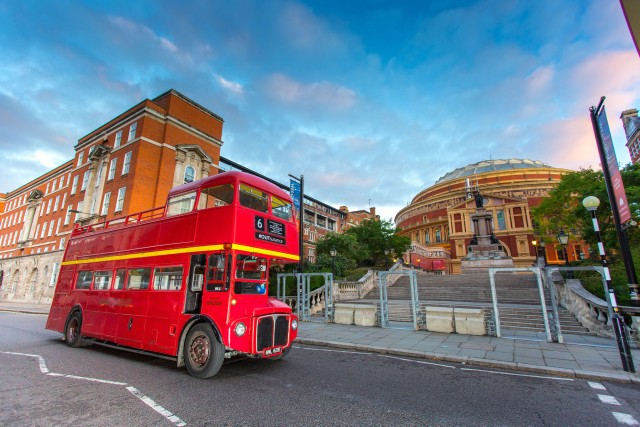 Vintage Double-Decker Bus Tour on Christmas Day in London