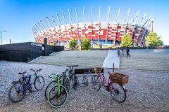 Ingresso do PGE National Stadium para assistir ao terraço