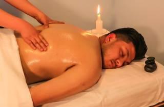 Kathmandu: Spa-Paket mit Massage und Gesichtsbehandlung