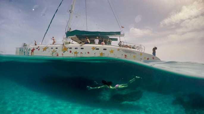 From Palma de Mallorca: Boat Cruise to Illetes