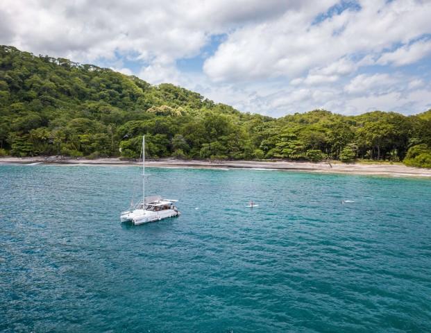 Tamarindo: Dream Chaser Catamaran Sunset Cruise