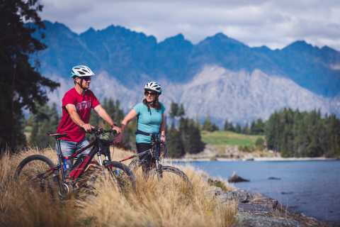 Arrowtown to Queenstown: Self-Guided Bike Tour