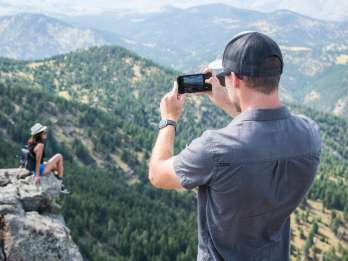 Boulderwanderung & Bier mit lokalem Guide