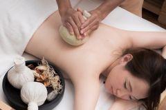 Pattaya: massagem de compressão à base de ervas de 60 minutos Yunomori