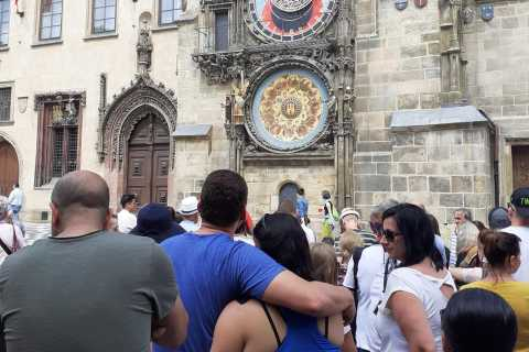 Prague: Historical Sightseeing Walking Tour with Tram Ride