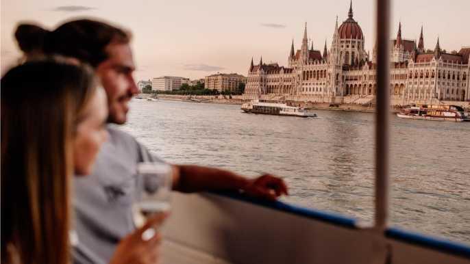 Budapest: crucero nocturno definitivo con bebida