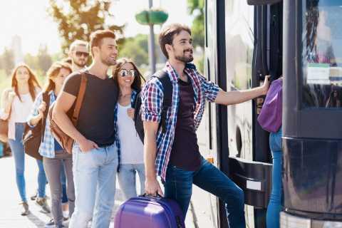 Transfer per Shuttlebus zwischen Rom und Flughafen CIA