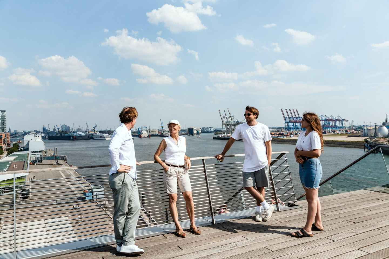 Flensburg: Harbor Scavenger Hunt with GPS and Radio