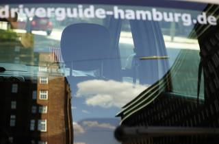 Hamburg: Private Sightseeing-Tour bei Sonnenuntergang mit Begrüßungsgetränk