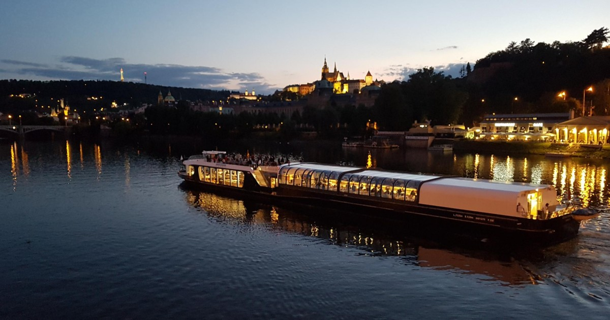 Prague: City Tour and 3-Hour Dinner Cruise with Hotel Pickup - Prague,  Czech Republic | GetYourGuide