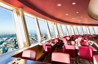 Berliner Fernsehturm: Exklusives Ticket mit Kaffee & Kuchen