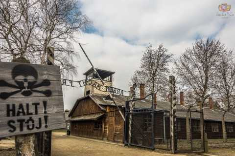 Auschwitz-Birkenau: Fast-Track Entry Pass and Guided Tour