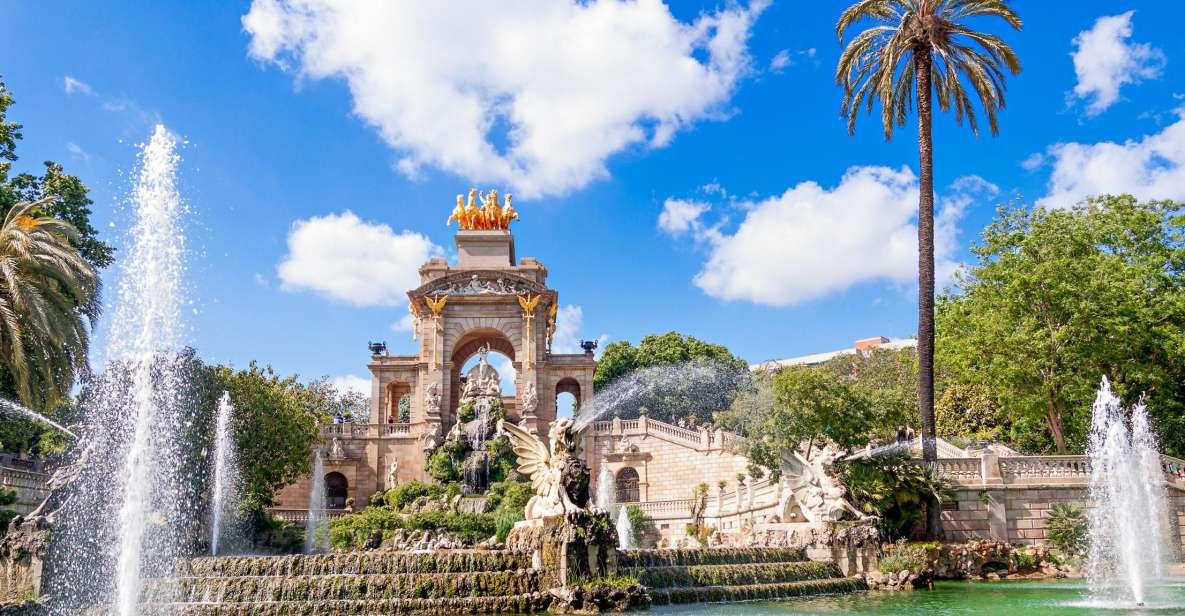 Barcelona: Sagrada Familia and City Highlights Bike Tour