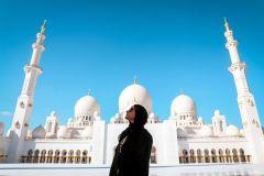 De Abu Dhabi: Mesquita, Qasr Al Watan e Etihad Towers