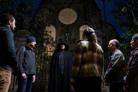 Edinburgh: Underground Vaults & Graveyard Evening Tour