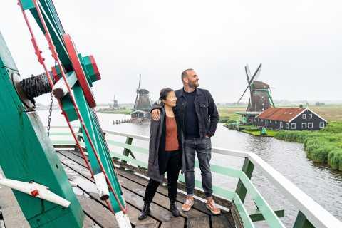 Amsterdam: Volendam, Edam, & Zaanse Schans Small-Bus Tour
