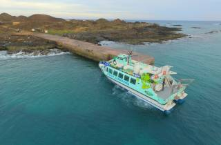Corralejo: Hin- & Rückfahrt zur Isla de Lobos mit der Fähre