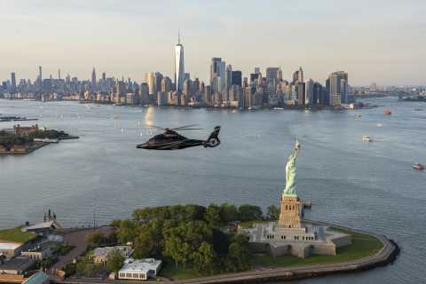 Linden: New York City Skyline Helicopter Experience