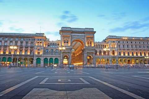 Milan: Hop-On Hop-Off Walking Tour