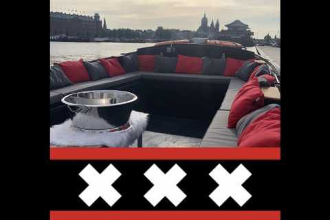Amsterdam: Private Pizza Cruise
