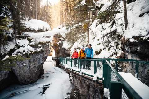 Banff: mañana o tarde Johnston Canyon Icewalk