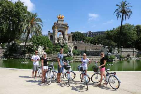 Barcelone: visite en vélo électrique et accès coupe-file à la Sagrada Familia
