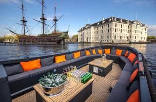 Amsterdam: Private Kreuzfahrt mit Getränken und optionalen Snacks
