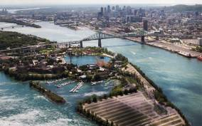 Montreal: 20 or 30-Minute Helicopter Tour