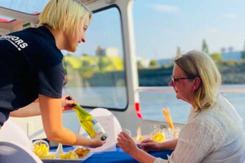 Hamburg: Harbor Cruise with Wine and Cheese