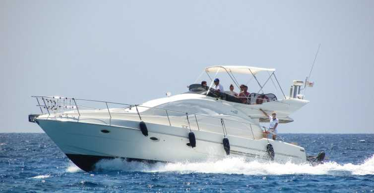 Hurghada: Private Boat Trip with Snorkeling, Lunch & Pickup