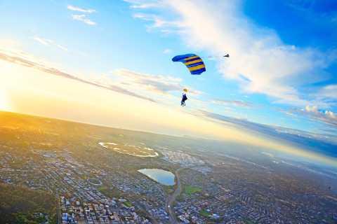 Perth: Tandemsprung aus 14.000 Fuß